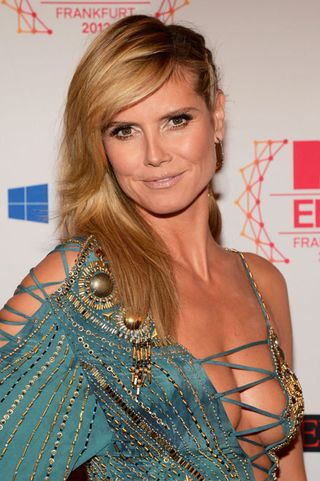 1112-heidi-klum-hair-braid-makeup-mtv_bd