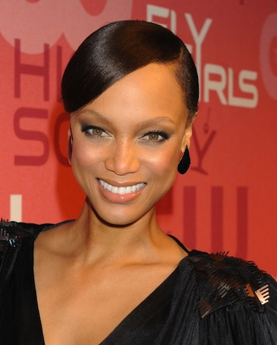 Tyra-banks-sleek-chic-low-bun-hairstyle-2010-824x1024