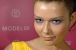 Modelco_closeup_amelia_palmspings